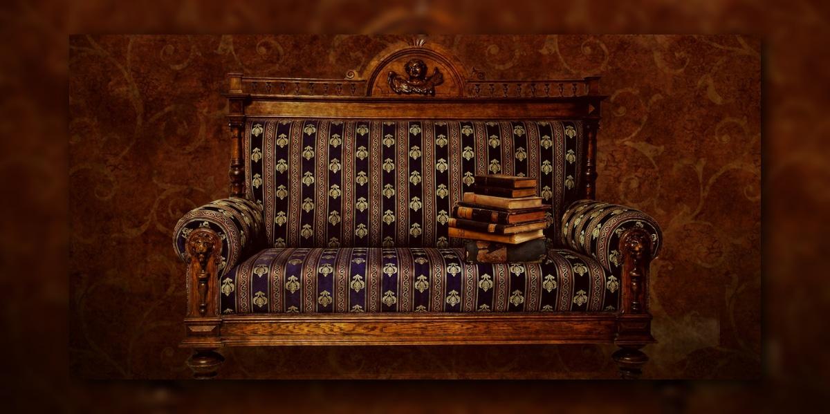 Antikes Sofa - Zuhause