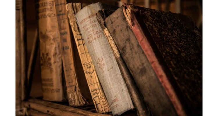 sehr alte Bücher