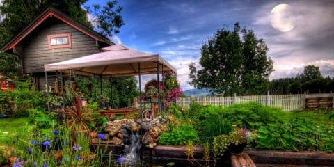 Gartenarbeit bei Vollmond