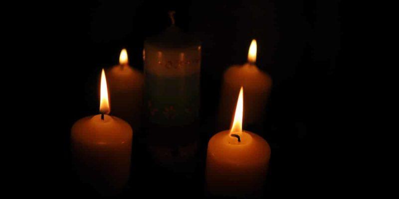 Vier Kerzen vor Jul