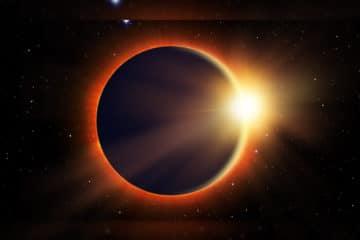 Neumond mit Sonnenfinsternis