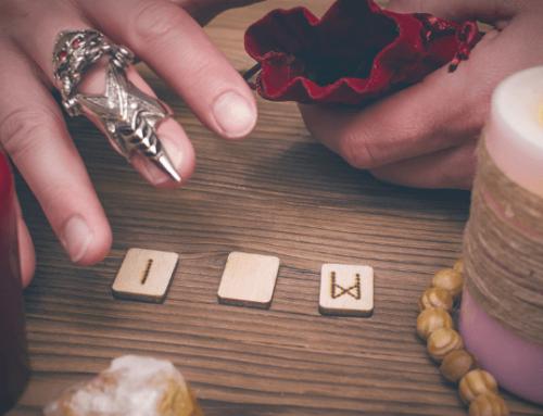 Divination / Mantik: Die Kunst der Wahrsagung – 7 Wege